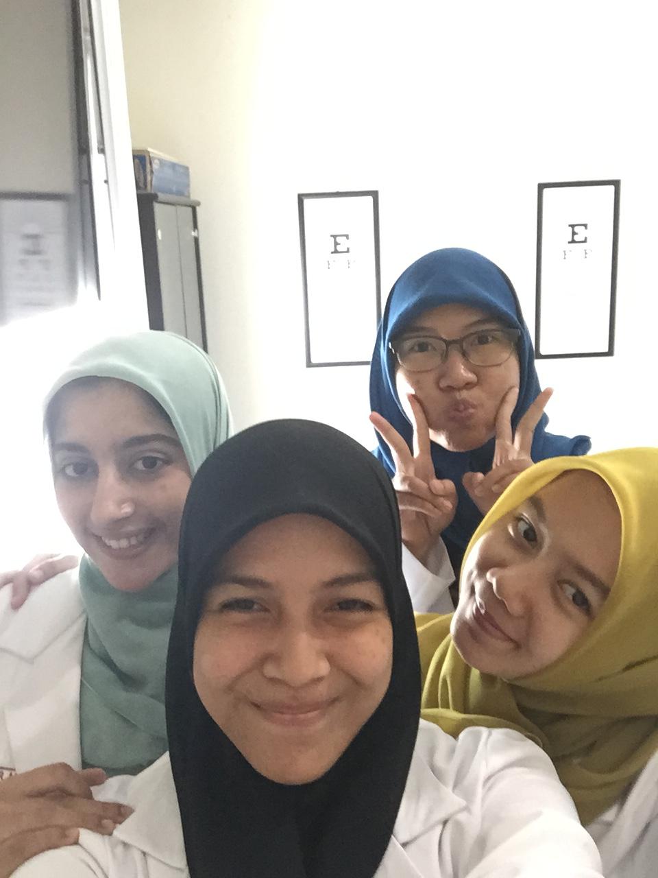 Selfie gabut waktu ngga ada pasien :p :p
